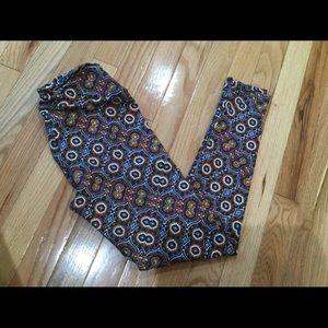 Lularoe super soft leggings, one size 2-10